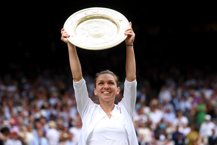 Simona Halep na haar titel op Wimbledon dit jaar.