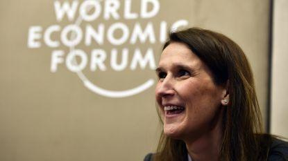 """Premier Wilmès prijst in Davos """"loyaal, flexibel en zeer competent menselijk kapitaal in België"""""""