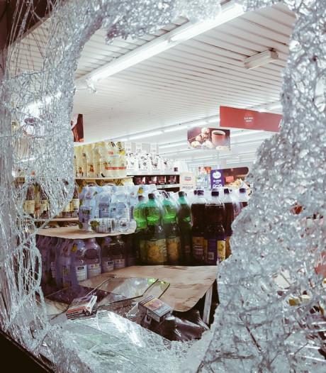 Nachtelijke diefstal Aldi Zwolle: winkel is voor derde keer in half jaar tijd de sigaar