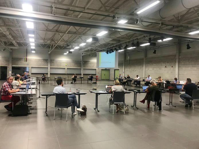 De gemeenteraad in Zandhoven vindt al enkele maanden plaats in De Populier.