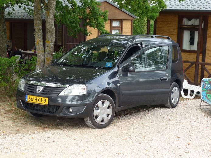 De auto van de overleden Sjors van Berlo. Zijn familie zoekt met man en macht naar het voertuig.
