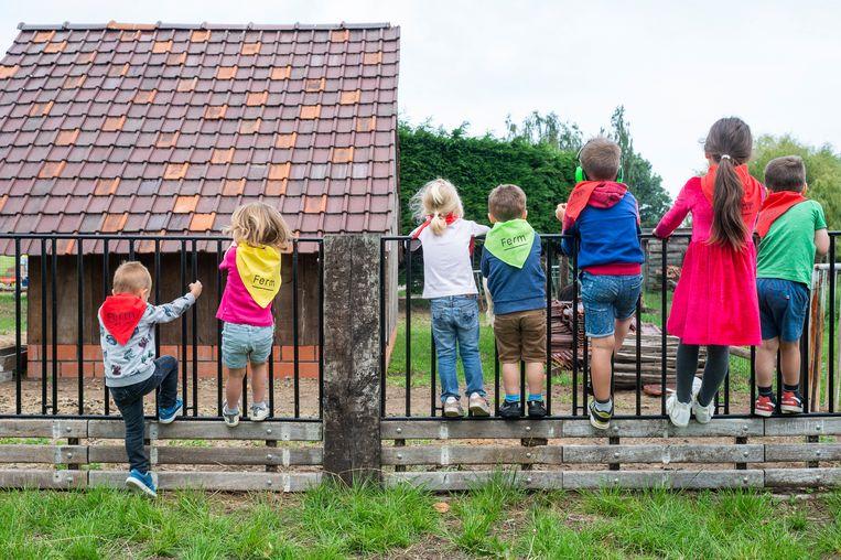 De kinderen tellen al mee af naar de opening op 19 juli van Kinderboerderij De Veldstraat.