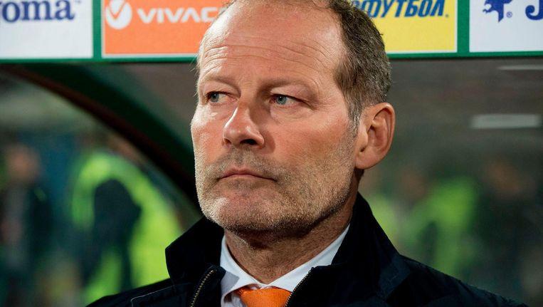 Blind in maart vorig jaar langs de lijn in Sofia. Hij was toen bondscoach van het Nederlands elftal. Beeld afp