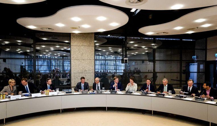 De Kamer, bijeen in de oude commissieopstelling. Beeld anp