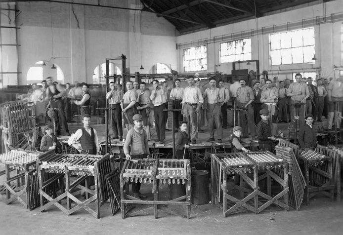 Glasblazers bij Philips