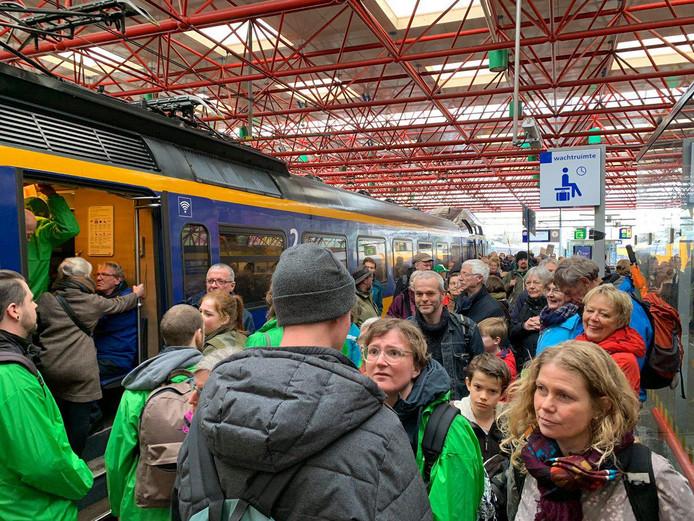 Drukte in de treinen naar Amsterdam.