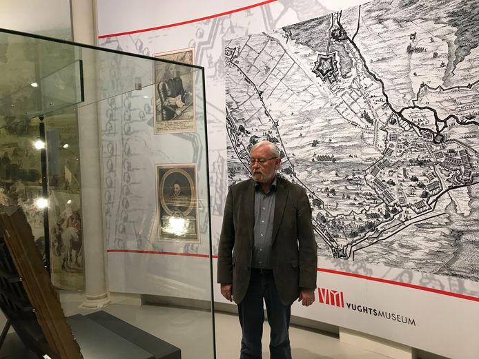 Henk Smeets is dolblij met het nieuwe onderkomen van het Vughts Museum in ontmoetingscentrum DePetrus.