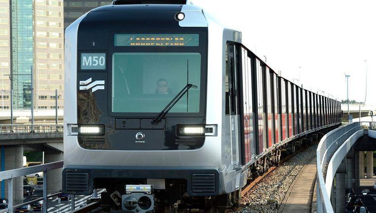 Om ruimte te maken voor een hogere frequentie op lijn 50, wordt in de GVB-plannen de verbinding tussen Amstel en Zuid geschrapt Beeld anp