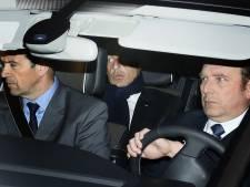 L'inculpation de Sarkozy, un coup de massue pour l'UMP