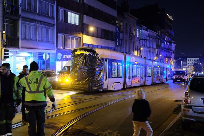 Le conducteur du tram était en état de choc et a été emmené à l'hôpital avec deux autres voyageurs.