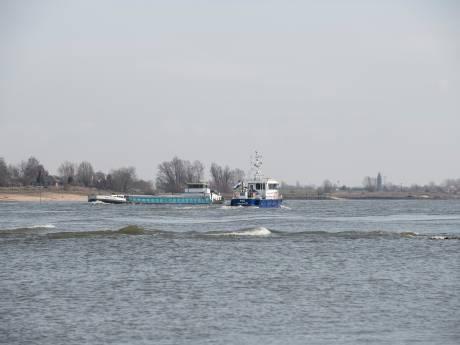 Schippers ontduiken ontgasverbod: giftig benzeen nog volop geloosd op Gelderse rivieren