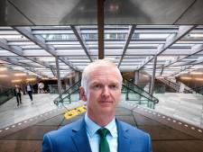 Gedeputeerde Strijk beëindigt verwarring over rekening peperdure stationstrap: provincie betaalt grootste deel