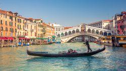 Deze bestemmingen kampen met een overvloed aan toeristen (en vermijd je dus best volgend jaar)