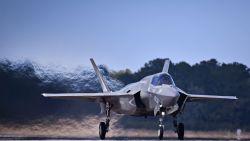 """Sp.a: """"Keuze voor F-35 al veel langer gemaakt, regering zoekt manier om die dure vliegende Fyra's aan de bevolking te slijten"""""""