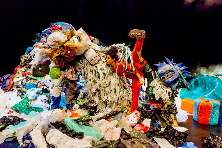 Rode Hond-festival gaat aan de slag met afvalmateriaal. Foto Caroline Henderickx.
