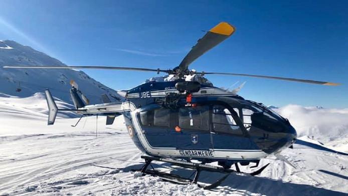 De reddingshelikopter van de bergpolitie in Modane.