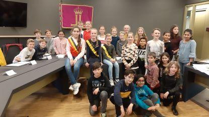 Eerste zitting van kindergemeenteraad in Leopoldsburg