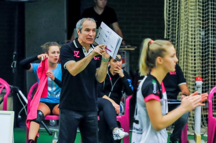 Archieffoto van coach Jacek Ziemba van Flamingo's Activia