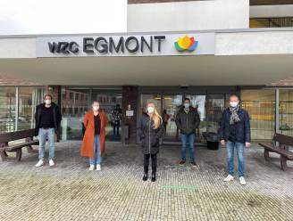 """Vrijwilligers uit horeca steken handje toe in woonzorgcentrum Egmont: """"Alle beetjes helpen om personeel te ontlasten"""""""