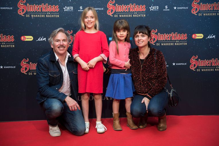 """""""Lina en Ava kijken nu al uit naar de komst van de Sint"""", klinkt het bij acteurskoppel Marianne Devriese en Steve Geerts."""