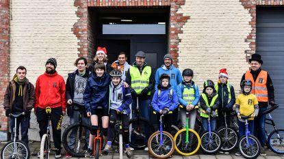 Sarakasi fietst 1.073 euro bij elkaar voor Music For Life