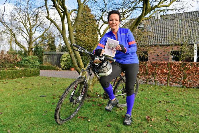 Lizan Roefs gaat 500 kilometer fietsen in Malawi.