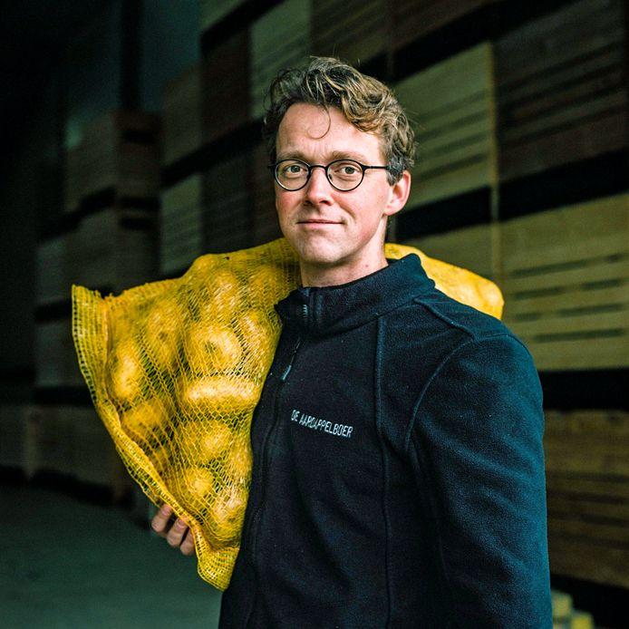 Arwin Bos werkte zeven jaar als advocaat op de Zuidas en is nu aardappelboer.