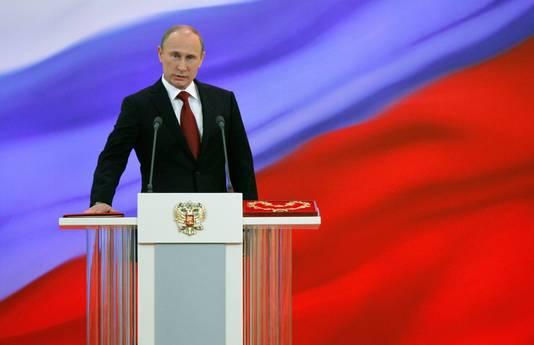 """Kasparov over de Russische president Vladimir Poetin: ,,Hij is een eenmansdictatuur en dat zijn de gevaarlijkste. Zijn enige doel is om aan de macht te blijven"""""""