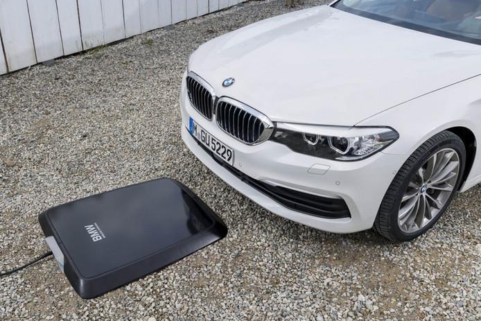 Primeur Bmw Is De Eerste Met Draadloos Auto Opladen Auto Ad Nl