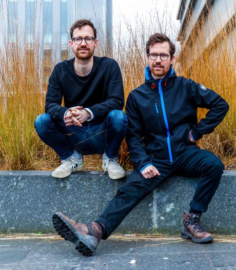 Als je deze tweeling vandaag 'dood' op straat ziet liggen; ze voeren klimaatactie met Extinction Rebellion