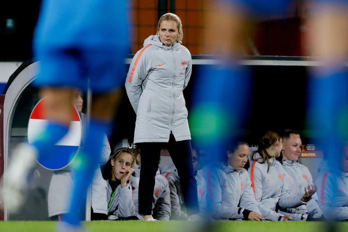 Sarina Wiegman afgelopen vrijdag tijdens de gewonnen EK-kwalificatiewedstrijd in Slovenië (2-4).