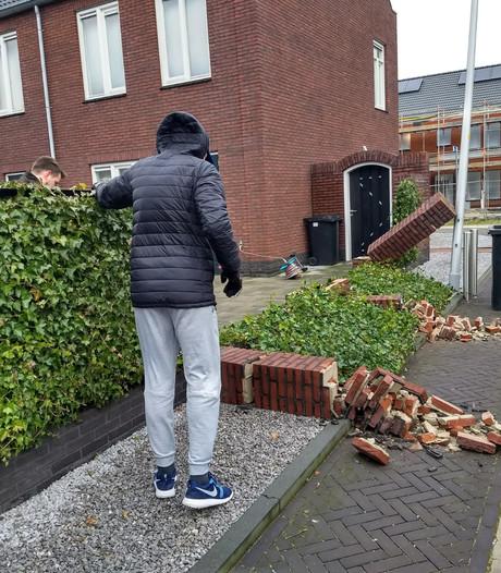 Zelfs muren waaien om in Zuidbroek