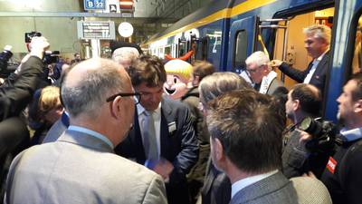 Trein Breda-Antwerpen rijdt: 'Zes jaar wachten is wel lang'