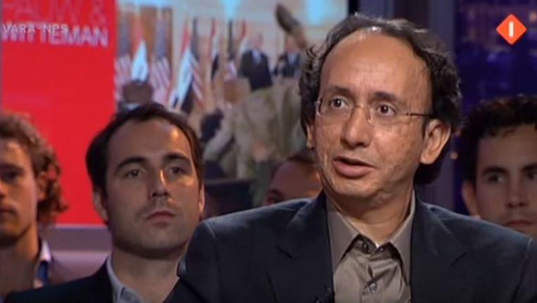 Een screenshot uit een aflevering van Pauw en Witteman, waar Oukbih in 2009 te gast was. Beeld Youtube, Pauw en Witteman