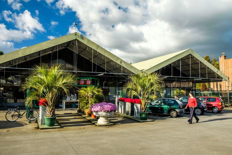 Het voormalige tuincentrum Mampaey, waar mogelijk een nieuwe supermarkt komt.