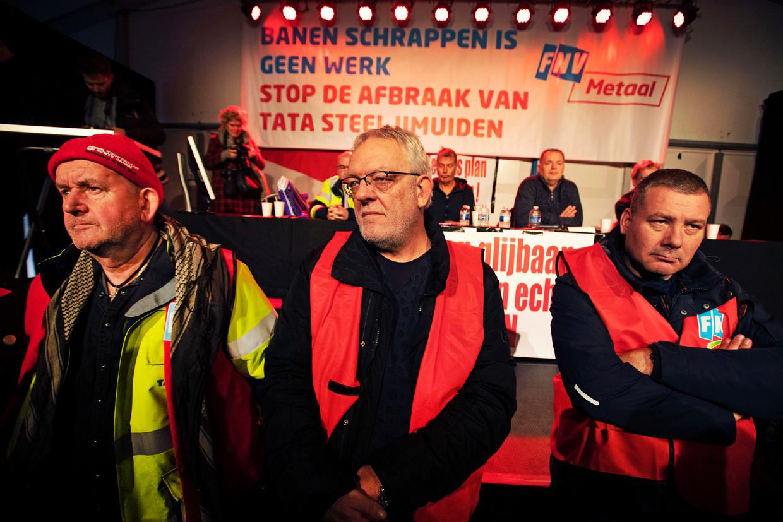 IJmuiden, 10-12-2019. In een grote tent hield de FNV een bijeenkomst voor werknemers van Tata Steel.