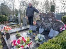 Een dag op de begraafplaats in Vlissingen: 'Er liggen hier 21 familieleden van me'