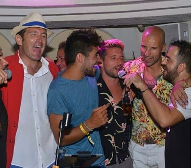 Dries Mertens in karaokebar