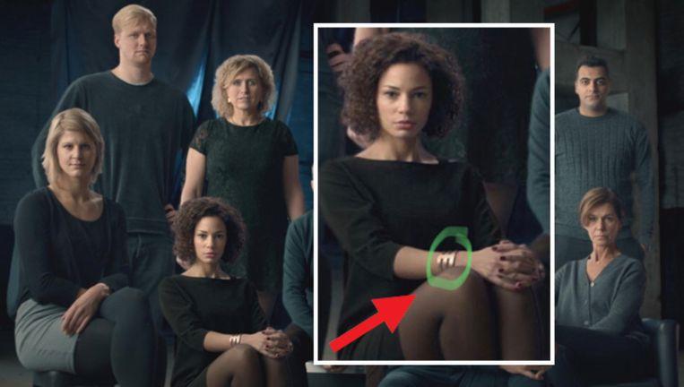 Channy's armband lijkt wel erg op een 'M', van Mol?