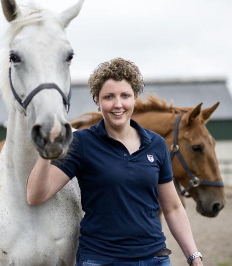 BzV-boerin Steffi wil 'ruiterhotel' bouwen: 'Het liefst tot mijn pensioen iets doen met paarden'