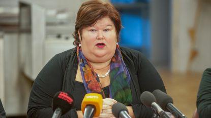 """De Block verdedigt haar asielbeleid: """"Dit gaat niet over ander beleid, maar gewoon over zwakke mensen helpen"""""""