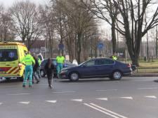 Gewonde bij frontale aanrijding in Enschede