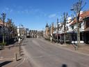 Baarle-Hertog op een woensdagnamiddag. Normaal is het over de koppen lopen en zitten de terrasjes bomvol.