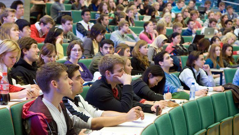 Studenten in collegezaal van de Erasmus Universiteit. Beeld anp