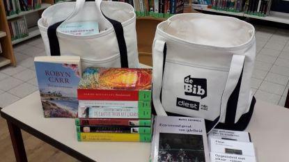 We kunnen weer zelf boeken en DVD's uitkiezen in de bibliotheek