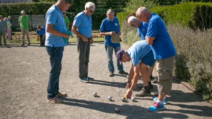 Dertien wijkteams strijden om Sint-Niklase Petanquecup 2019