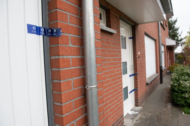 De politie heeft het huis verzegeld.