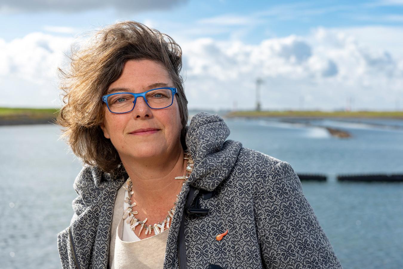 Eva Kuit uit Zijpe is één van de drijvende krachten van de stichting Support Casper. De opbrengst van de eerste Oosterscheldekreeft van dit seizoen gaat naar het alvleesklierkanker-onderzoek van de Rotterdamse oncoloog Casper van Eijck.