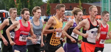 Van der Linden opnieuw in eigen wedstrijd