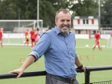 Manager René Roord is met vrouwen FC Twente van het eiland af